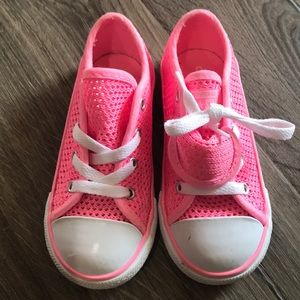 Hot pink converse with fold tongue detail